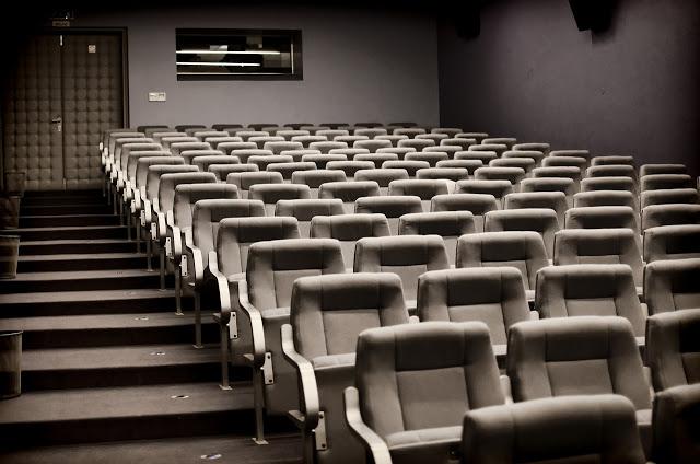 浅谈戏院末日预演与怎么提升在家观影体验