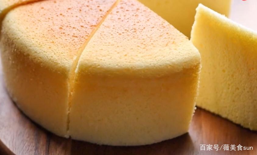 轻奶酪蛋糕这样做,口感细腻,香甜丝滑,孩子吃完一个还想吃