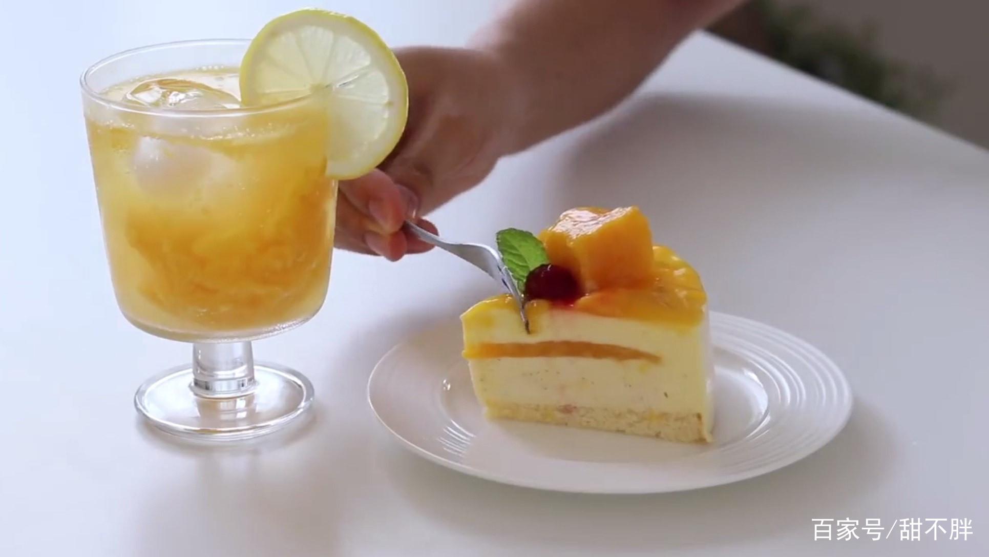 免烤芒果慕斯蛋糕,不需要烤箱就能做,容易上手,好吃不贵