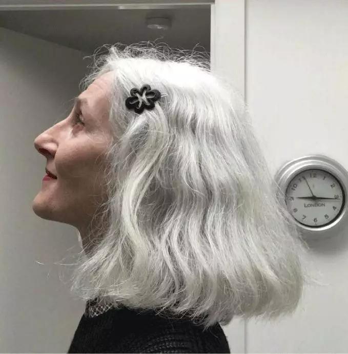 54岁才入行当模特,这位仙女奶奶活成众人羡慕的模样-西安风尚圈-专业个人形象设计平台