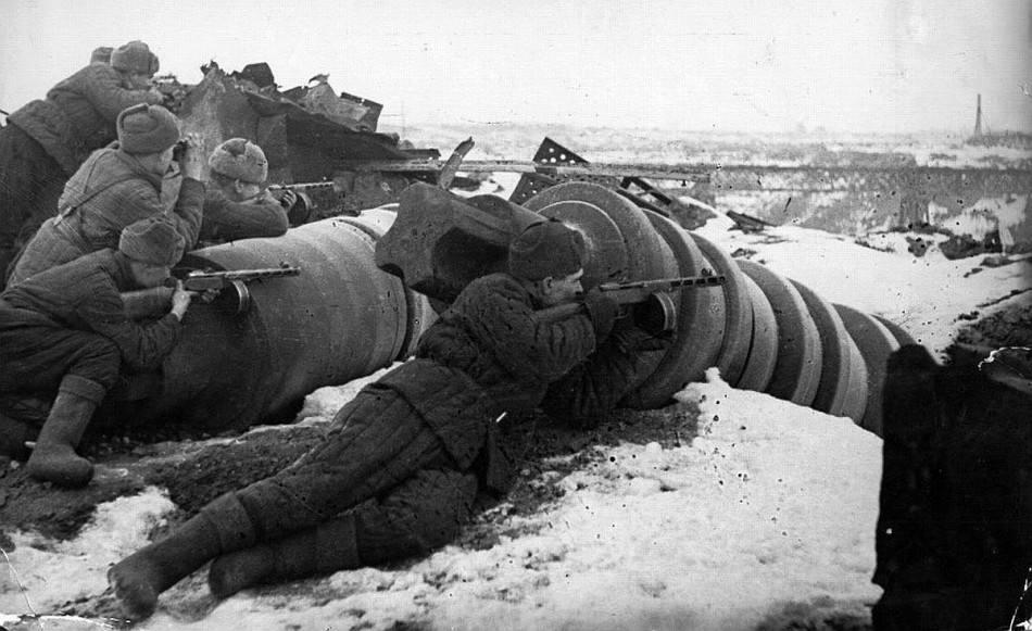 """施佩尔:在德军前线溃败时,""""奇迹""""般把武器生产力涨50%-"""