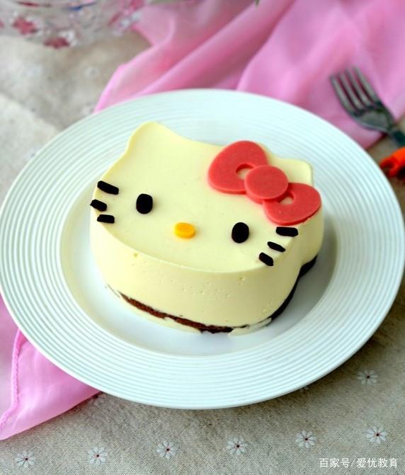 Hello Kitty乳酪慕斯蛋糕,集颜值与美味于一身的哄娃利器!
