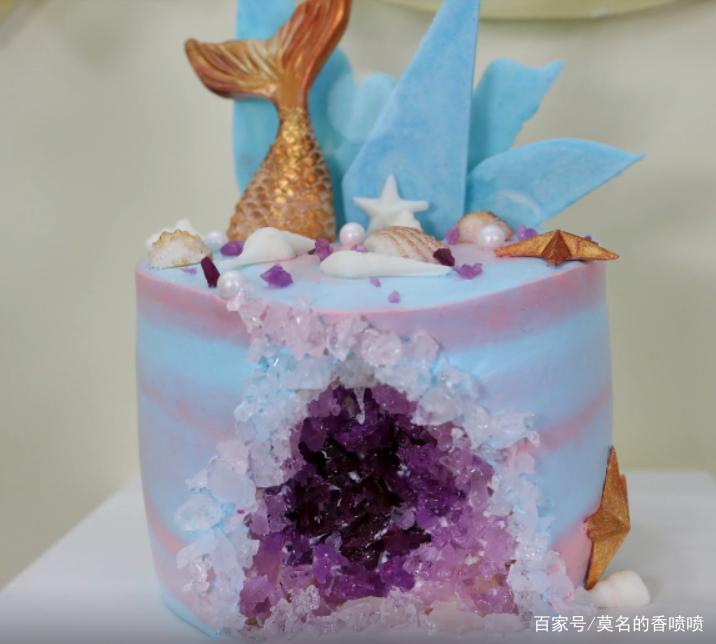 一款网红美食,集浪漫和内涵为一体的水晶溶洞蛋糕,快来学习吧