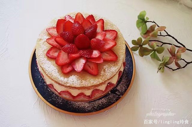 草莓季的法式草莓蛋糕芙蕾杰
