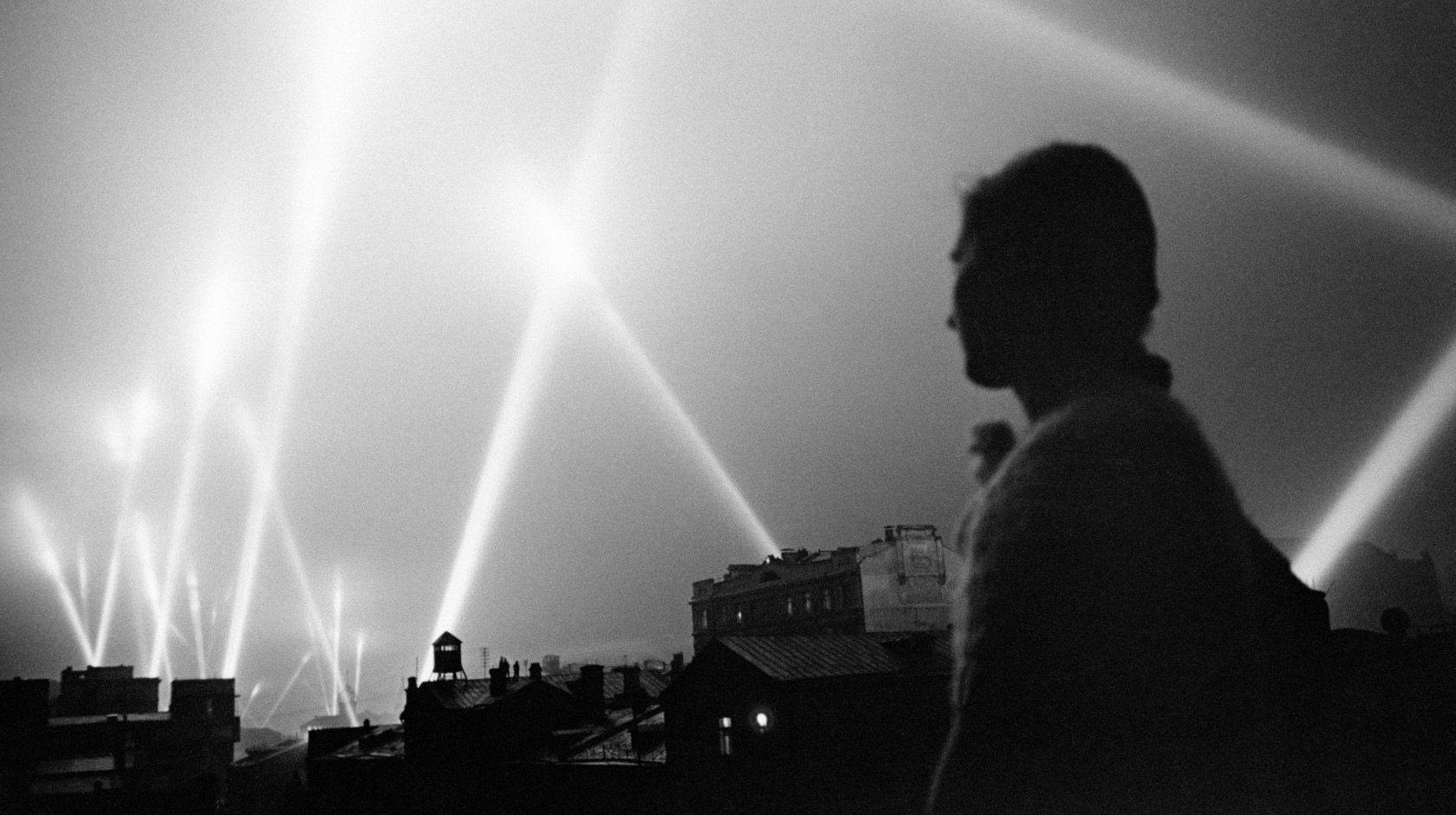 严阵以待准备抗敌,1941年苏德战争爆发后的苏联莫斯科
