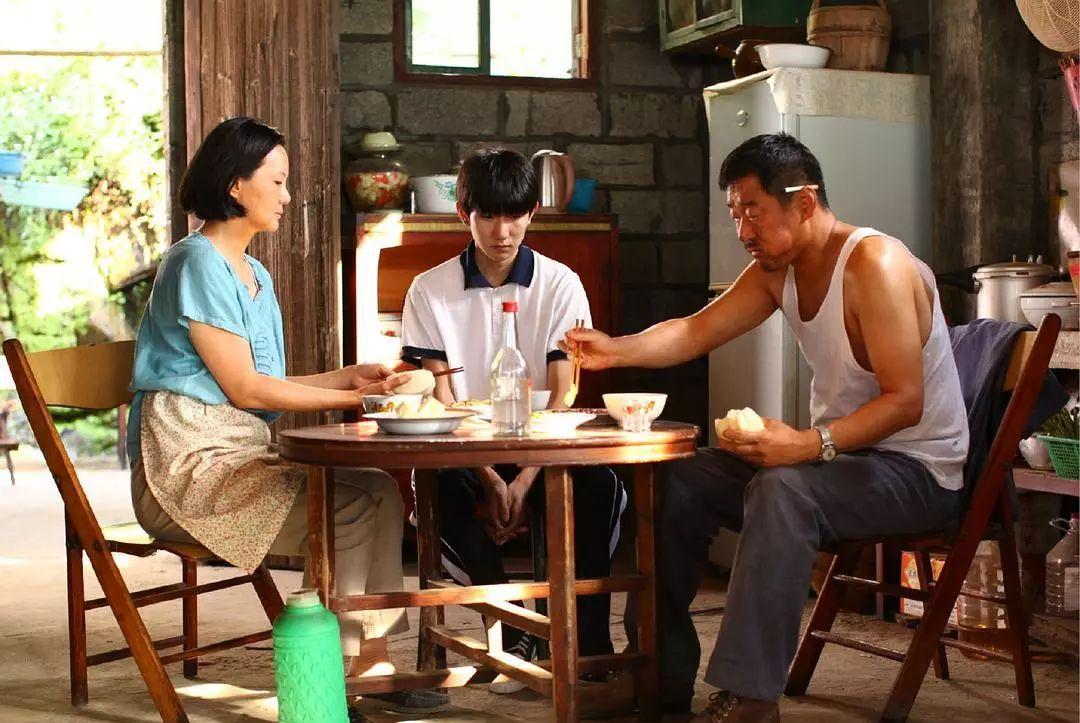 王源、杜江主演,关于《地久天长》有多牛,外顶尖电影杂志发声了