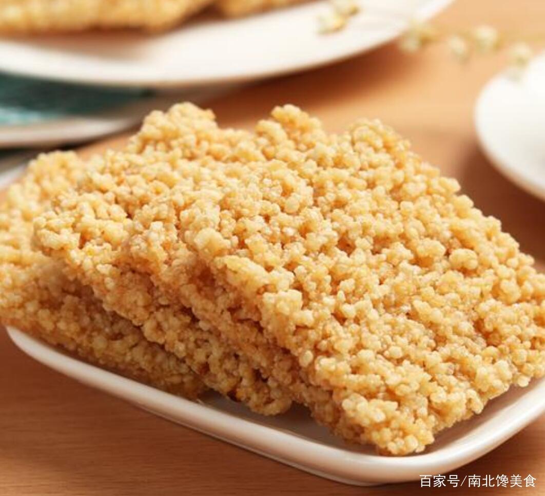 用剩米饭做锅巴,色泽诱人,口感酥脆,就是这么简单