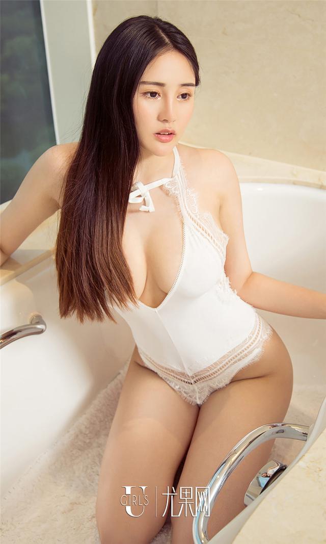 [尤果网] 丝袜美女乔伊雪屁股大胸丰满火辣写真 第739期