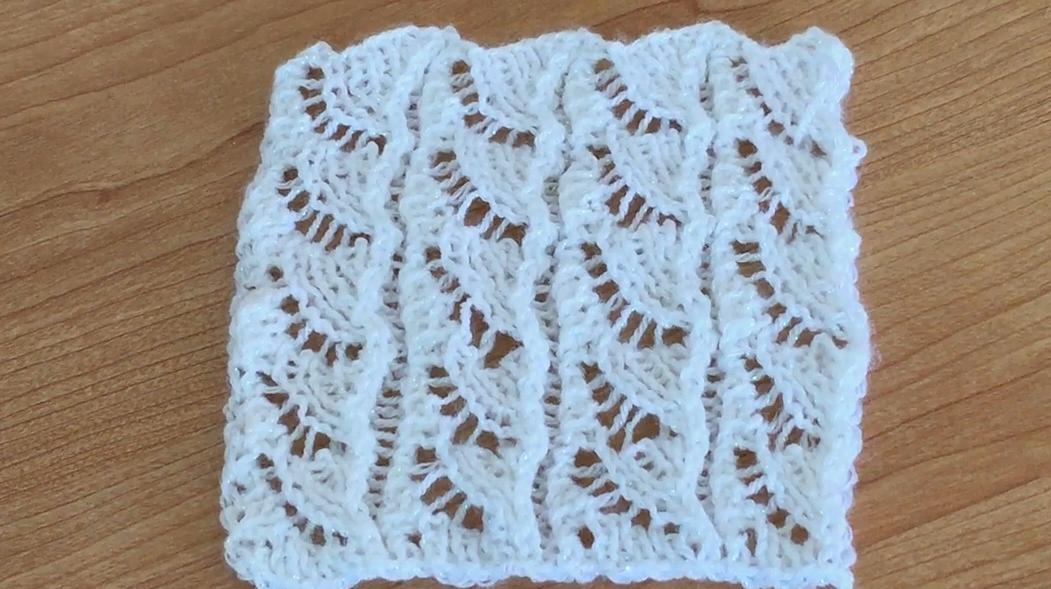 一款類似扇葉的花樣棒針編織,編織背心最合適了