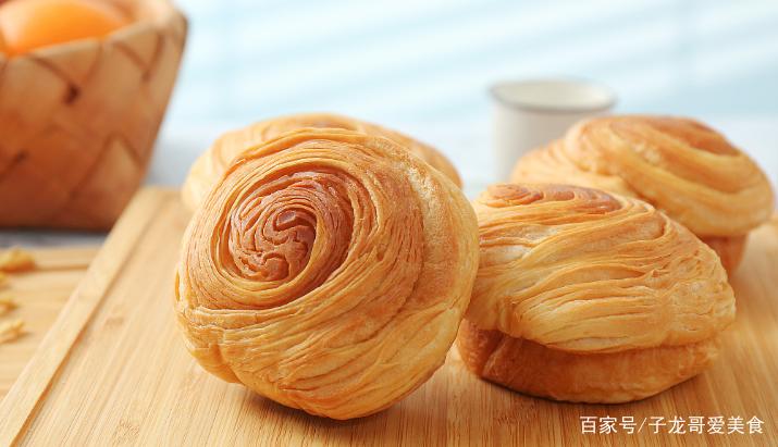 教你在家做手撕面包,早餐吃美味又营养
