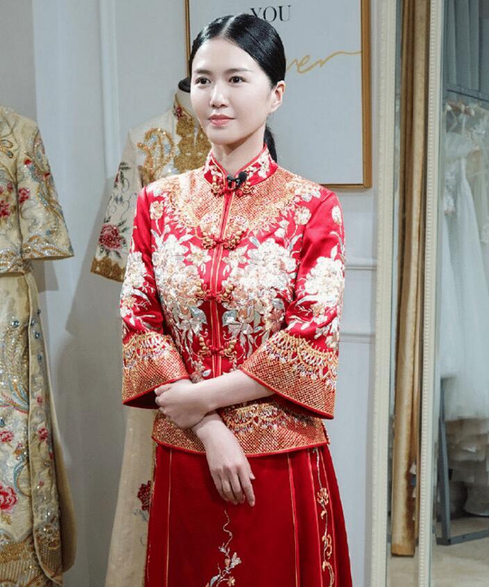 歌手谭维维试婚纱照曝光,婚照端庄优雅,女神难道要公布好消息?
