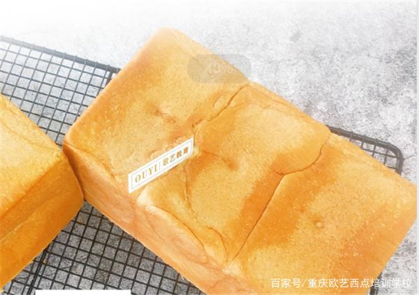 奶香吐司的做法+配方 烘焙小白也能轻松搞定的吐司做法