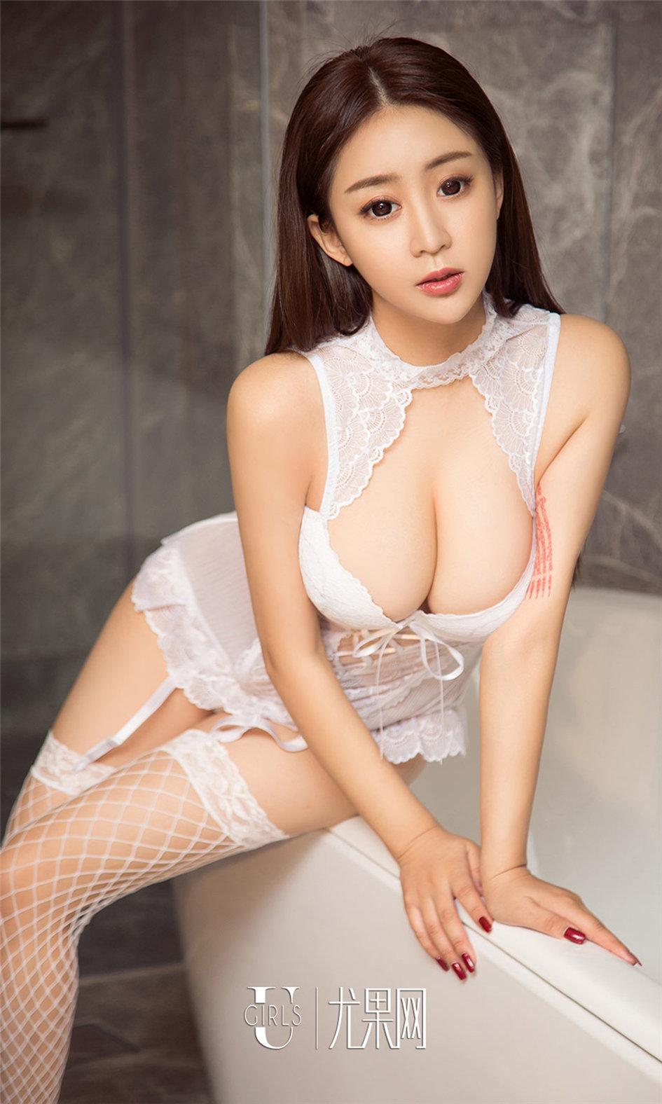 [尤果网] 大胸脯美女叶汐写真图片合集 第944期