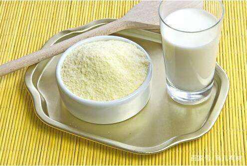 新生儿喝哪种奶粉好?进口奶粉就一定比