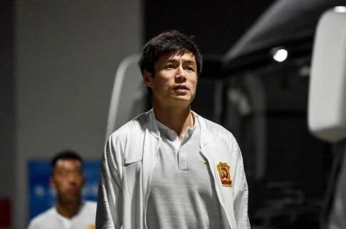 继卓尔球员艾志波后,广州富力中超金靴扎哈维明确表示不希望降薪