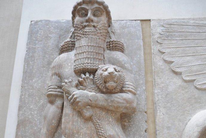 发现史前巨人存在的证据,苏美尔文明的国王竟然是巨人?