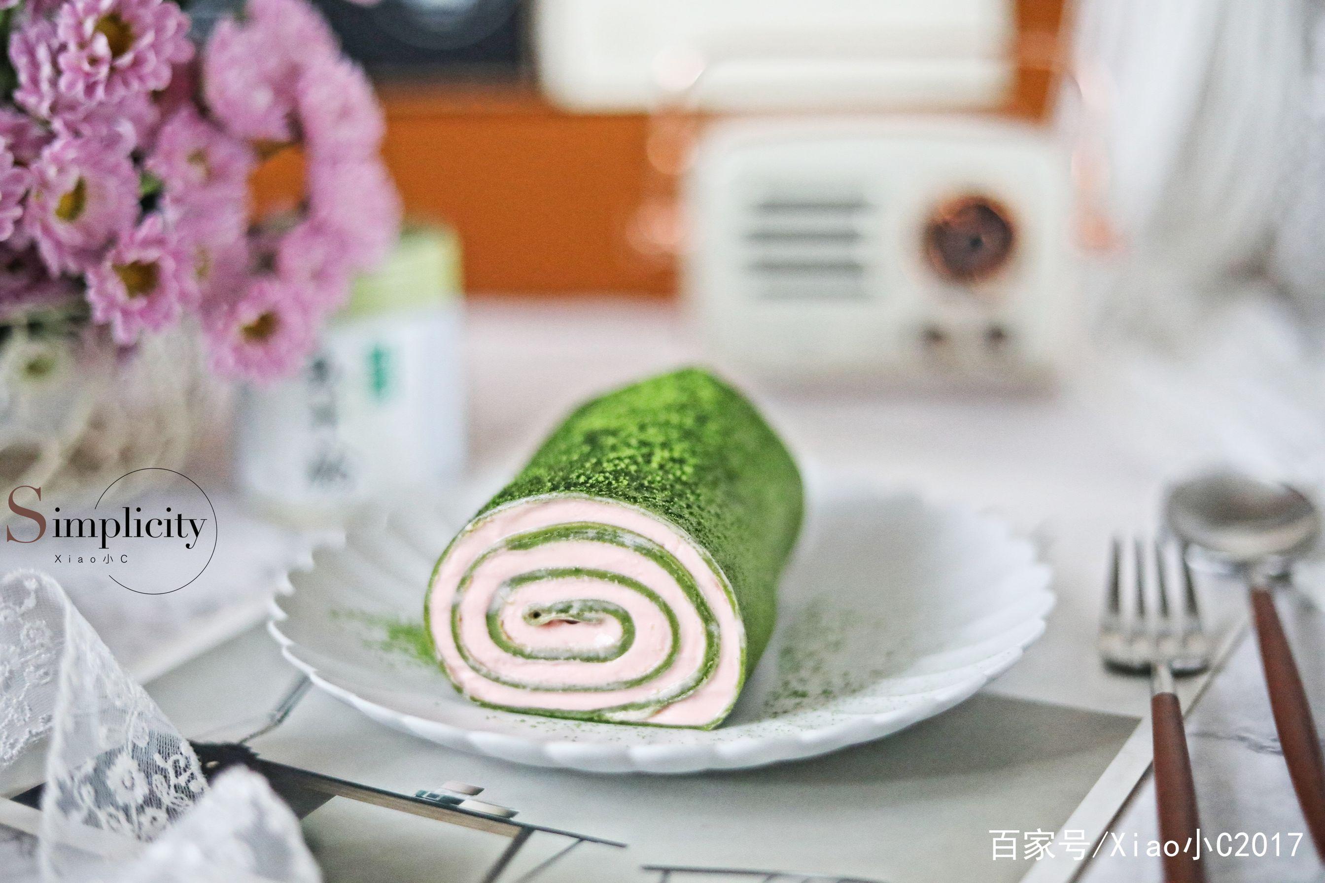 没有烤箱也可以做的颜值甜点,抹茶毛巾卷就这样简单,零失败