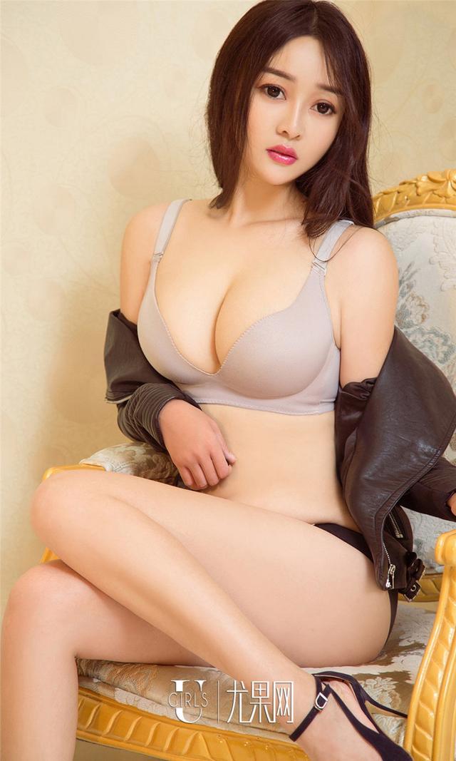 [尤果网] 中国豪乳美女以沫妖娆写真图片 第889期