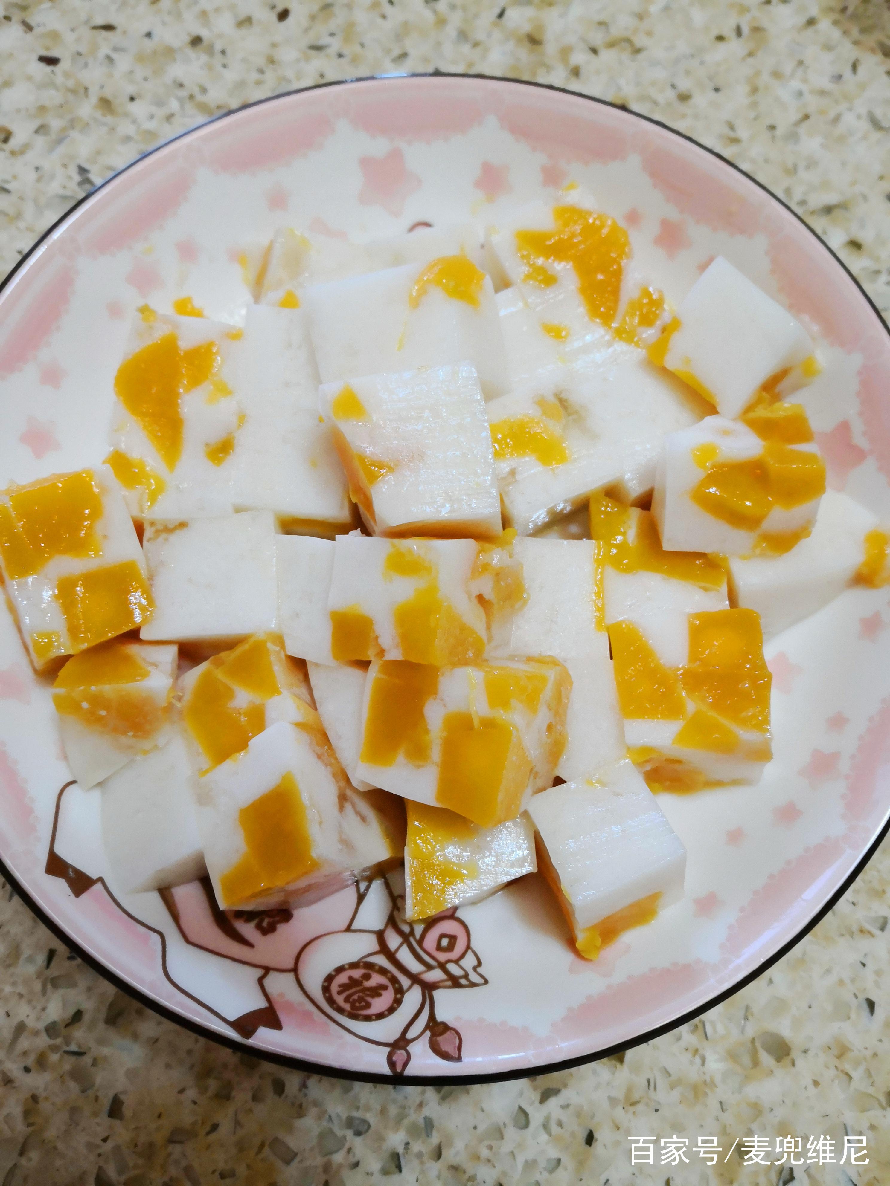 酸奶芒果布丁的做法