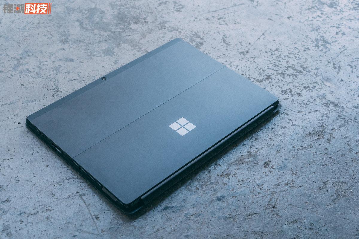 Surface Pro X 上手图赏:这才是二合一平板该有的设计