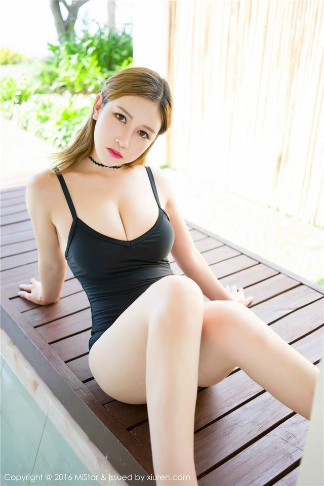 [魅妍社]泳装嫩模于姬Una海滨唯美摄影图VOL.056