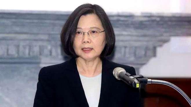 蔡英文称台湾成四小龙第一 岛内网友直斥:若无大陆订单就完了