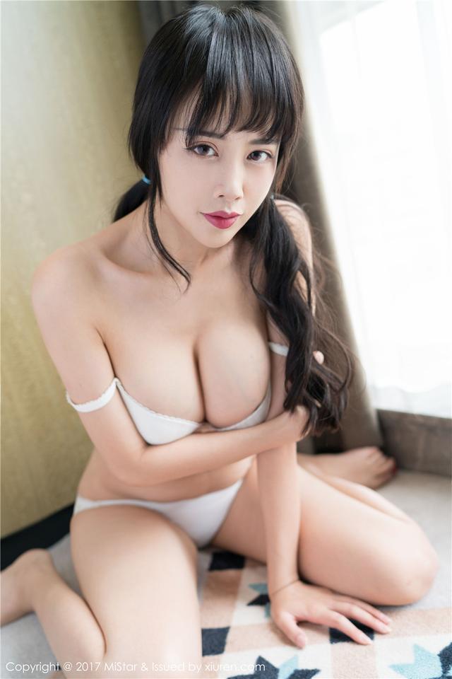 [魅妍社] 性感美女模特周周西西巨乳人体艺术写真 VOL.1