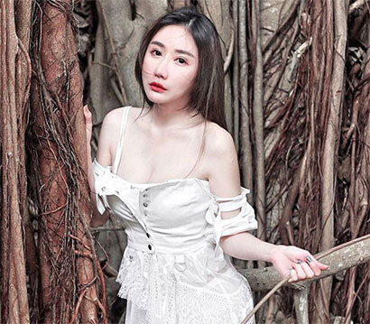 人称马来西亚维纳斯JoanNe Ho 解放白嫩香体堪称最诱珍品!