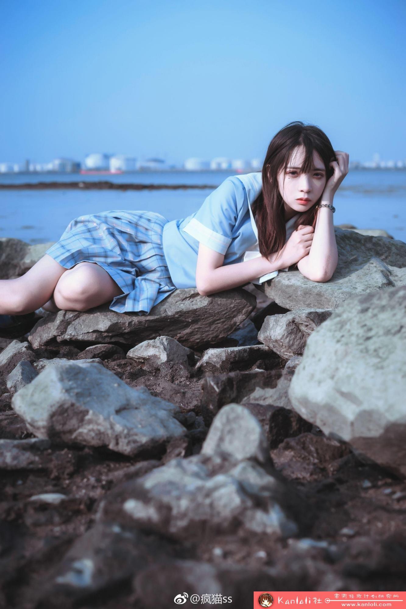 【疯猫ss】疯猫ss写真-FM-010 美女校花的性感蕾丝短袜 [9P]