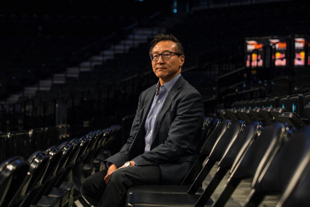 2019年,中国电商巨头阿里巴巴联合创始人、布鲁克林篮网和纽约自由队所有人蔡崇信。