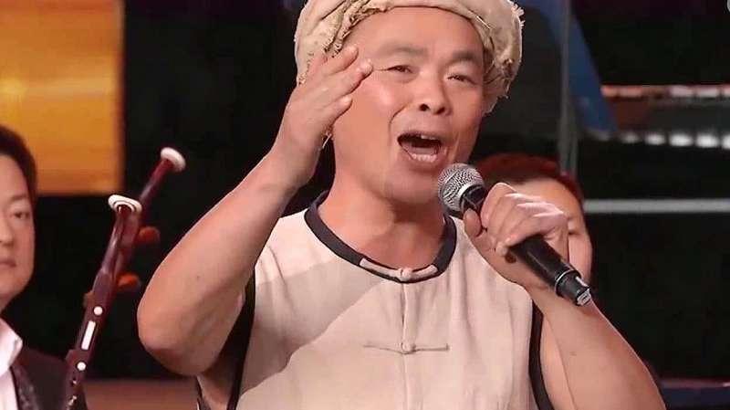 惊艳!众人齐唱好听的四川民歌《川江号子》,唱得非常有气势