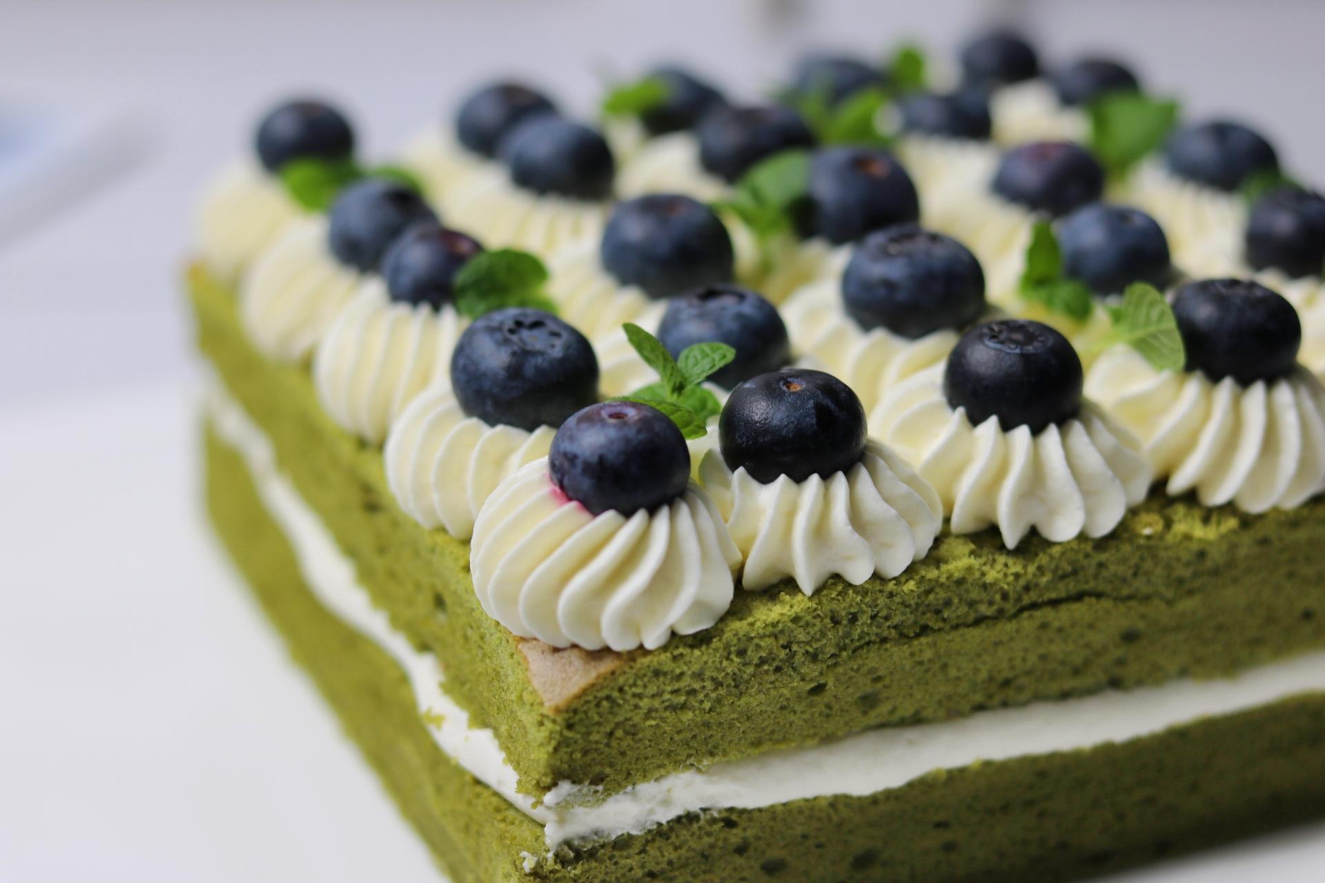过生日亲手做蛋糕更有意义,不用抹面不用裱花,手残党也零失败