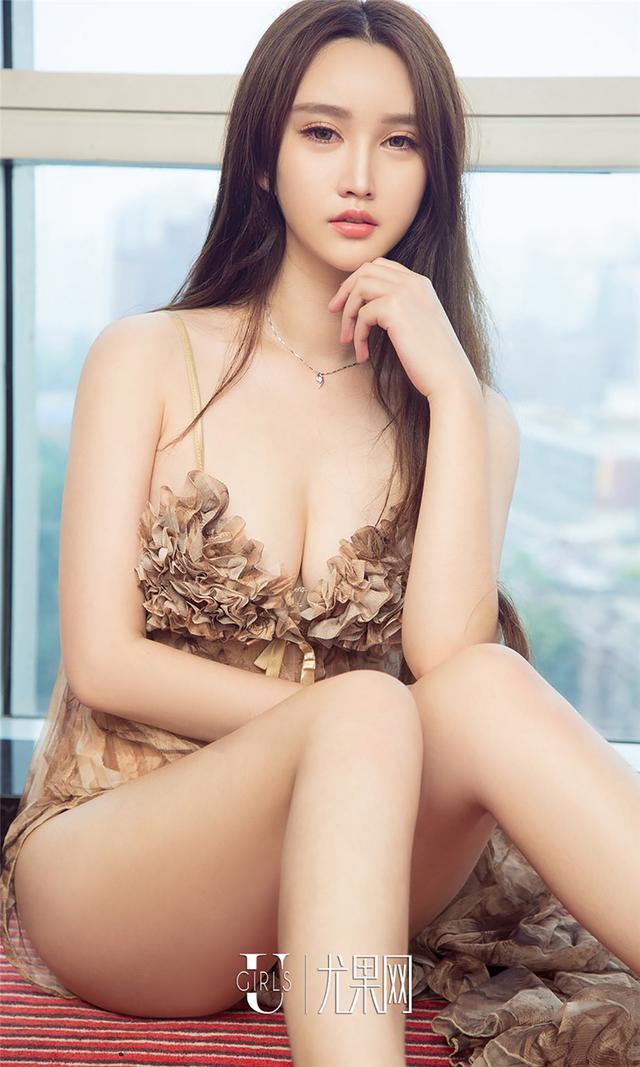[尤果网] 内衣美女嫩模戴娜写真 第796期
