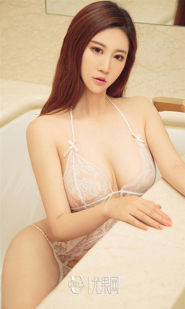 [尤果网] 乳沟乳峰美女杨煜茹清纯写真图片 第827期
