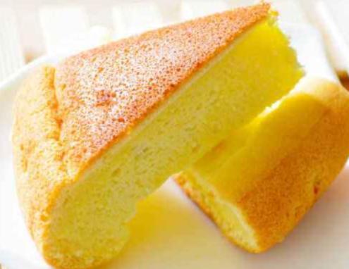 不用烤箱也能做海绵蛋糕,原来掌握技巧,可以这么简单,软糯香甜