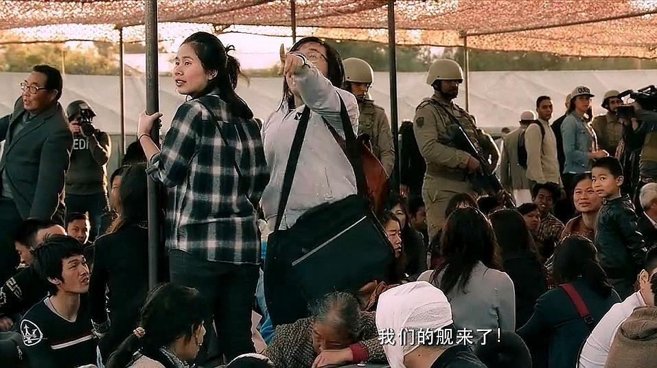 中国海军到底有多威风,我国侨胞看到军舰,竟如此高兴!