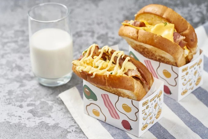 爆红ins的芝士厚蛋烧三明治,做法简单,足足5层,一口咬不下!