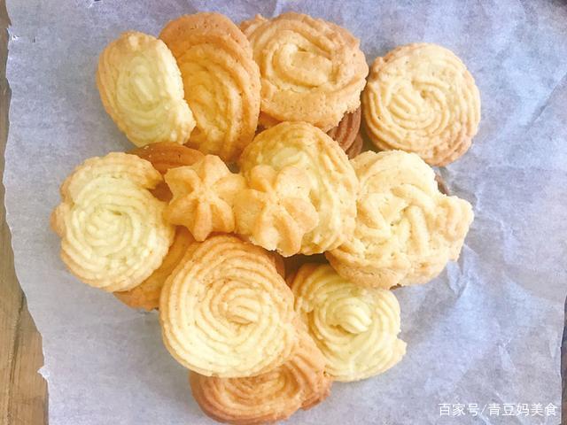 曲奇饼干买的太贵了,自己动手做,简单方便,口感酥脆,入口即化