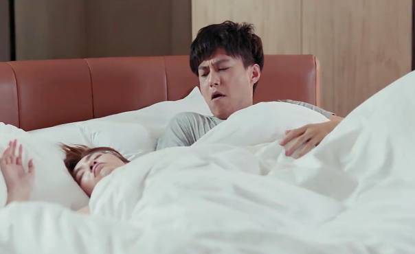 塑料夫妻情!程皓罗玥大醉一场,醒来后两个人睡在一张床上!
