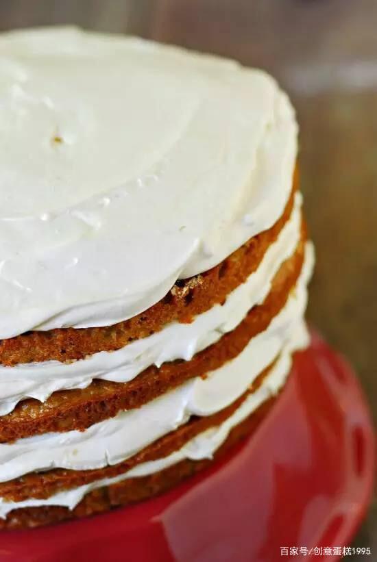 焦糖苹果慕斯蛋糕