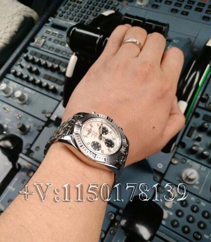 高清测评:GF厂百年灵机械计时飞行员AB01442J熊猫眼