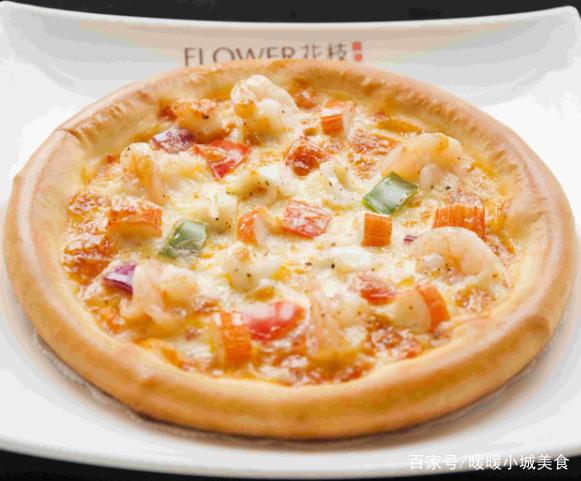海鲜披萨轻松在家做,鲜香美味,馅料丰富,孩子再也不想出去吃了