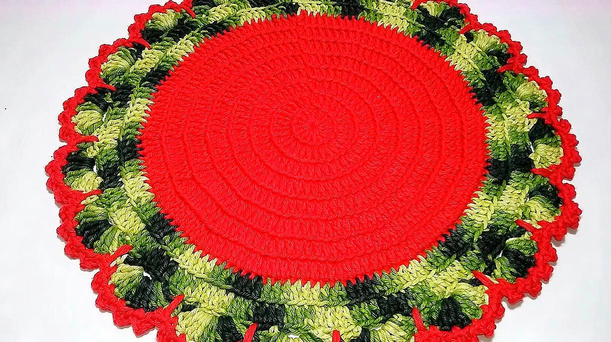 鉤針編織漂亮的圓形家居桌墊,美觀而且大氣