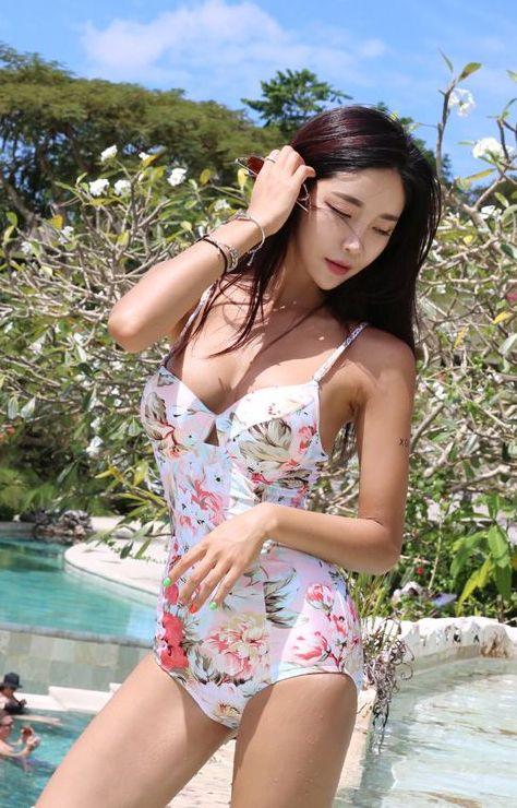 韩国八大泳装模特比基尼美图乐多美女网整理第24期