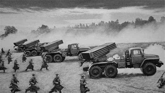 冷战时,苏联军队到底有多强?凭什么挑战美国-