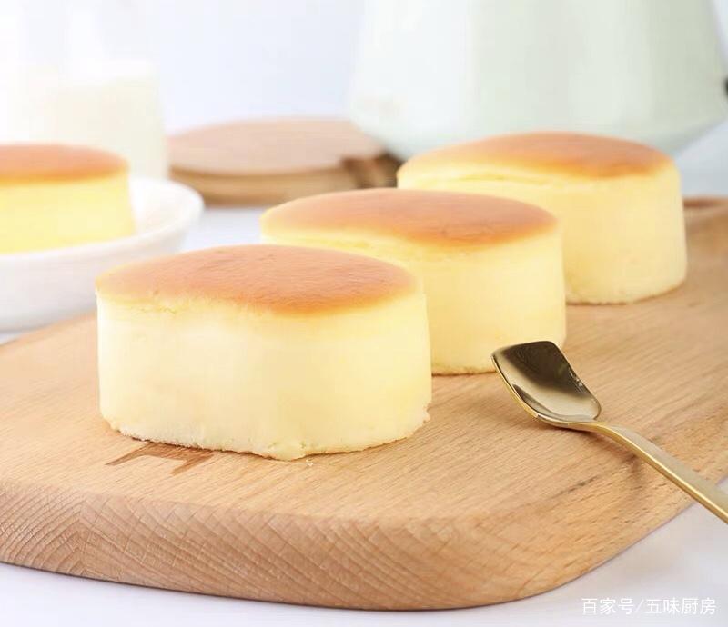 香甜绵软、轻盈细腻的轻芝士蛋糕,芝士控不可错过的美食!
