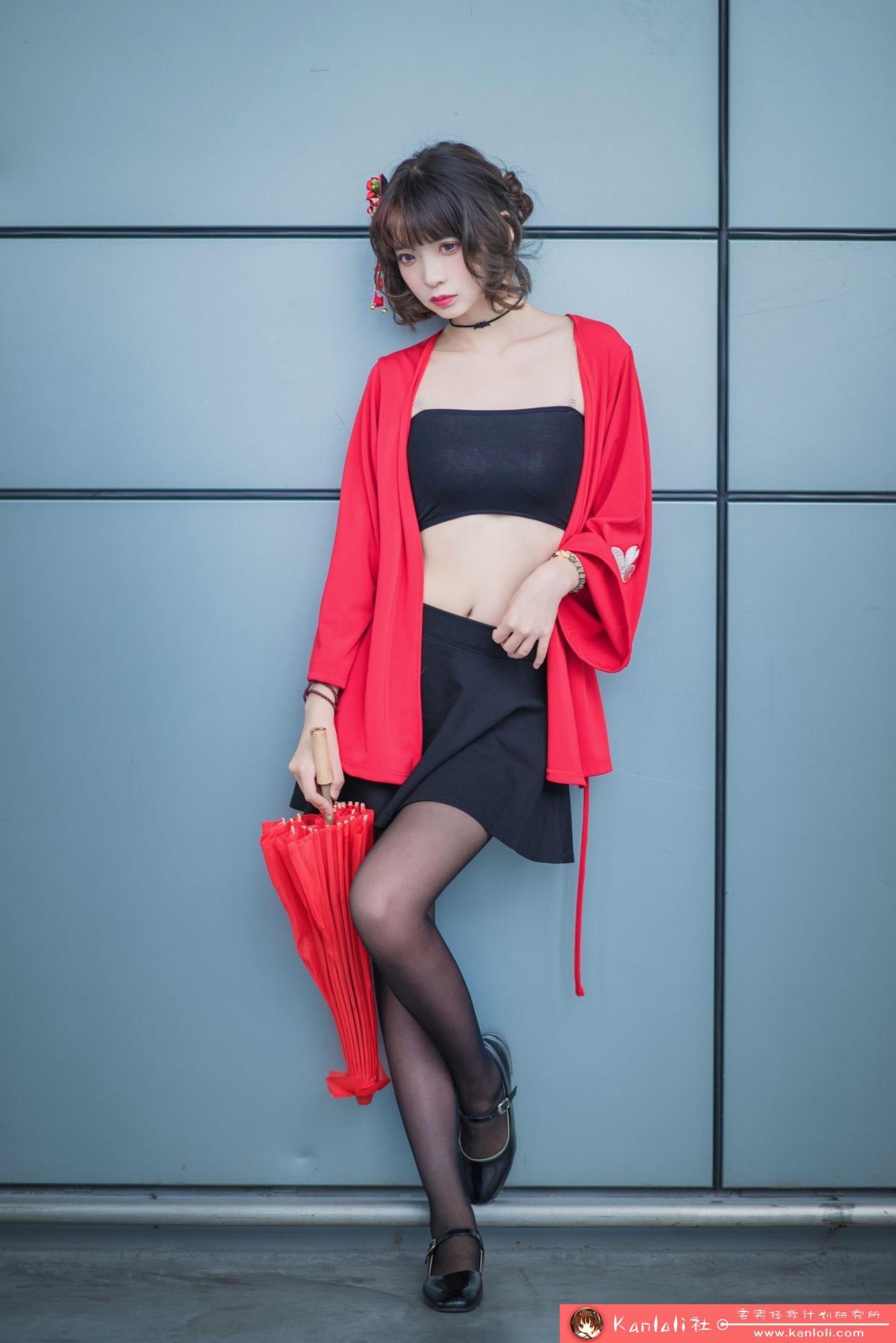 【疯猫ss】疯猫ss写真-FM-028 日系黑色抹胸 [9P]