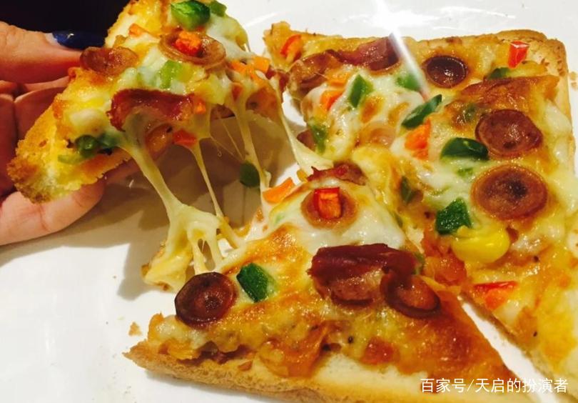 高热量的吐司披萨,让寒冷的冬天也能饱饱哒,而且方便快捷哦