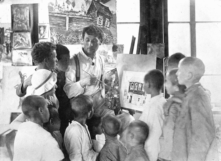 Painter Marc Chagall teaches children in a shelter for Jewish Homeless Children in Malakhovka, Russia, in 1921