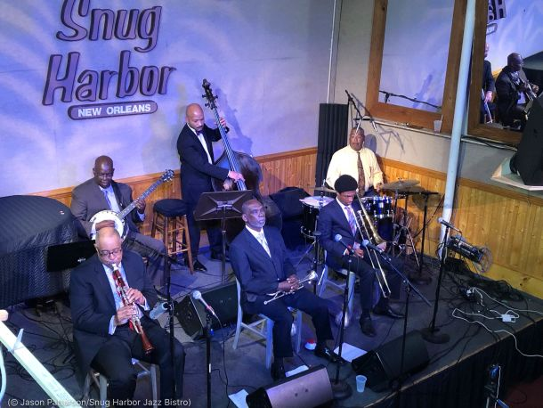 Musicians playing instruments on stage in club (© Jason Patterson/Snug Harbor Jazz Bistro)